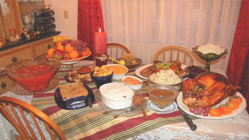 Thanksgiving meal Zeetz Jones Flickr CC