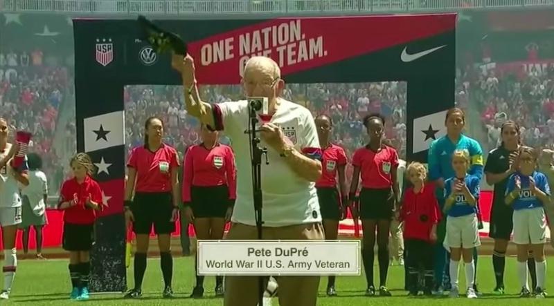 WWII veteran 96yo Pete DuPre plays National Anthem at USWNT soccer game