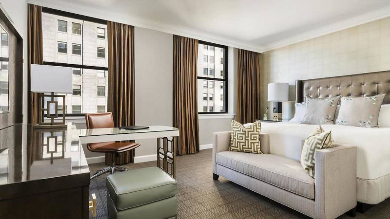 Ritz-Carlton Hotel room in Philadelphia