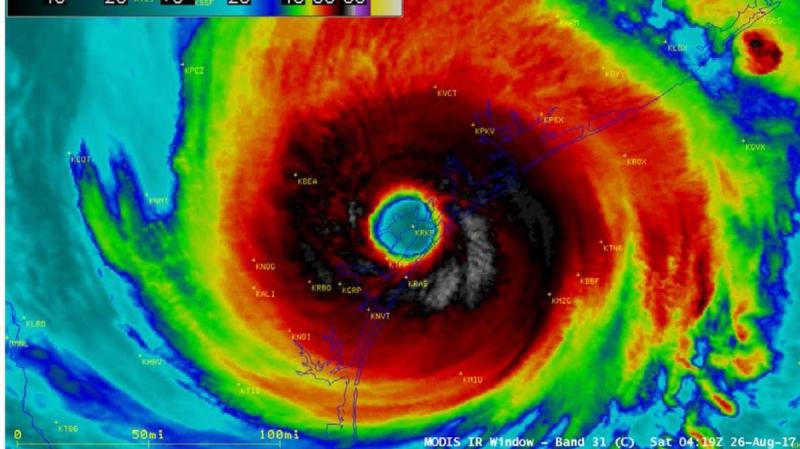Hurricane Harvey hits Texas Gulf Coast landfall Rockport 26 August 2017