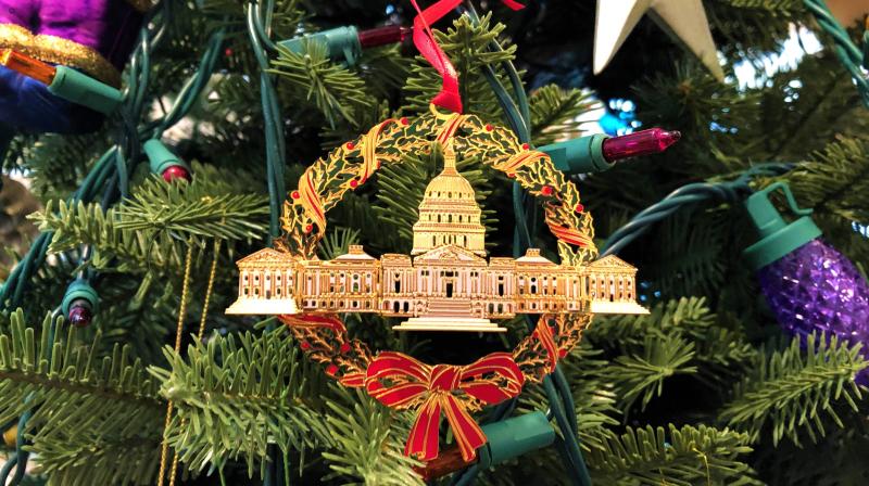 US Capitol ornament wreath1
