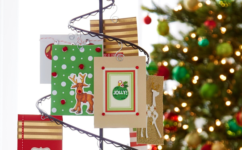 Christmas_card_holder_display_Container-Store