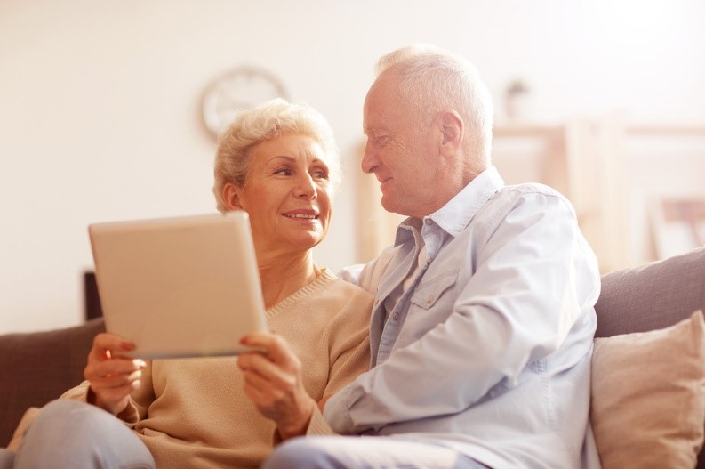 Older-couple-checking-tablet