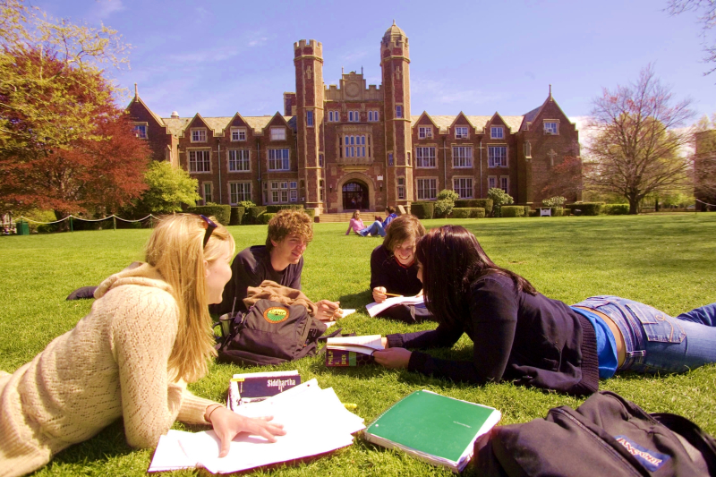 College students studying on campus via MGID and On Campus Market