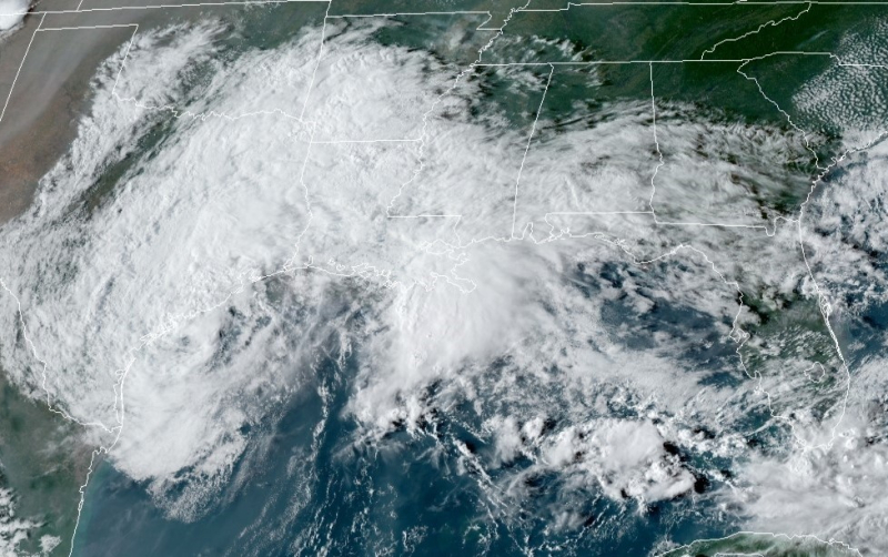 Beta and storm buddies in the Gulf of Mexico 092120_NOAA-NHC image-cropped