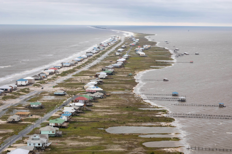 Alabama shore after Hurricane Sally 091620_Wikipedia Commons