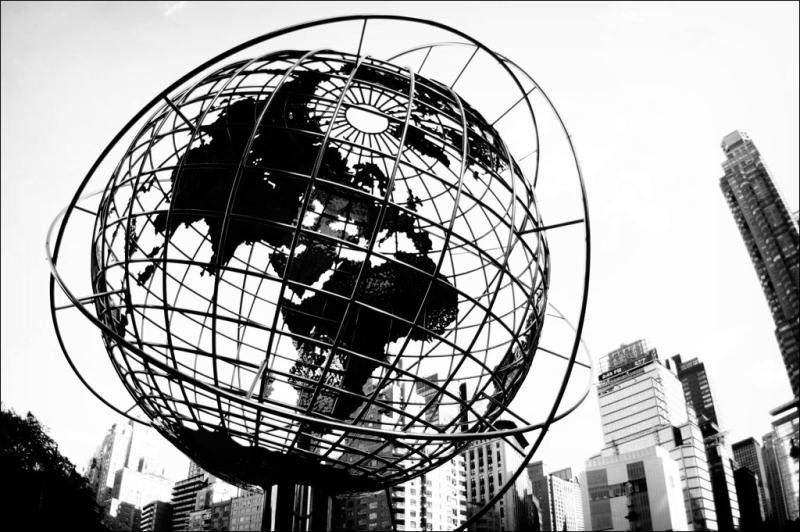 Globe-NYC_Emanuel-Kluge_Flickr-CC