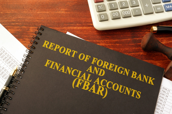 FBAR foreign financial account reporting FinCEN