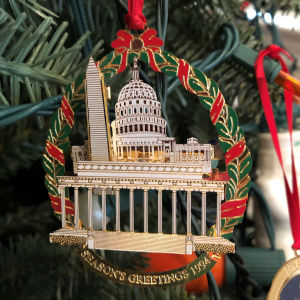 Washington monuments and Capitol ornament