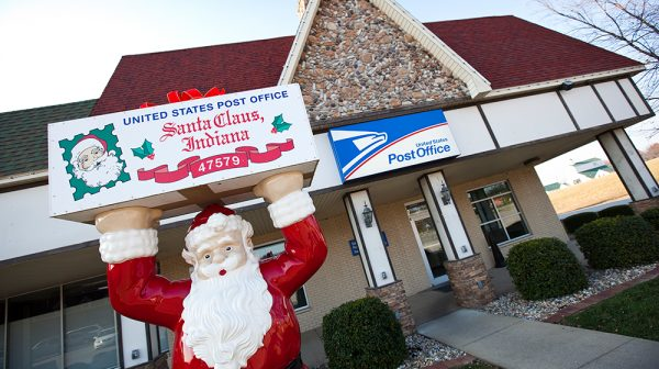 Santa-Claus-Indiana-Post-Office-600x336