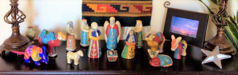 Christmas Nativity_Raku pottery_Texas touches armadillo