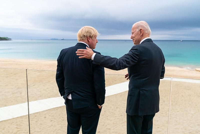 Joe_Biden_and_Boris_Johnson _10_June_2021_G7_Cornwall_WHPhoto_Wikipedia_51267665037