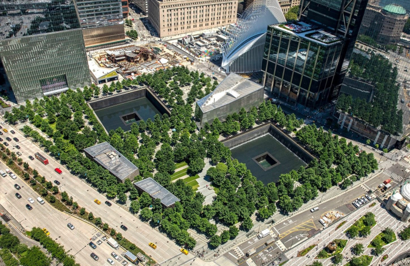 9.11_Memorial_Wide_Angle_WikimediaCommons-cropped