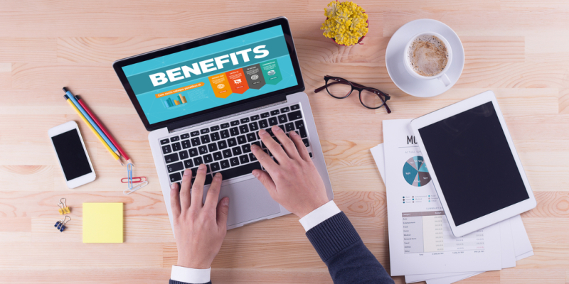 Open-enrollment-workplace-benefits-online-choices-laptop