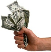 Hand_holding_money_2