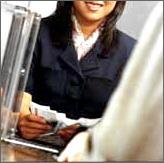 Bank_teller_transaction_2
