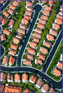 Tract_housing_suburbia2_2