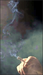 Cigarette_smoke_2